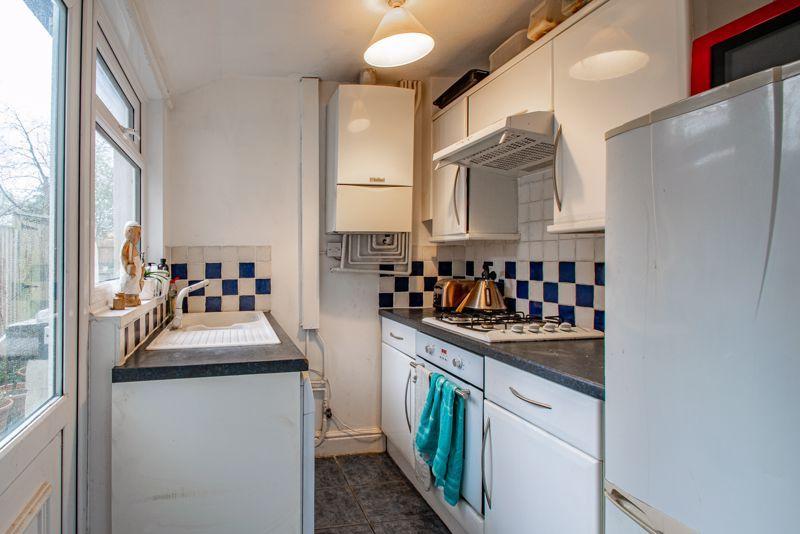2 bed house for sale in Balden Road 4