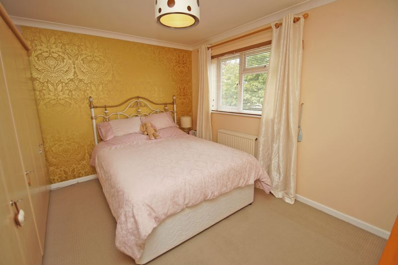 2 bed house for sale in Vallet Avenue 6