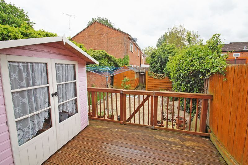 2 bed house for sale in Vallet Avenue 9