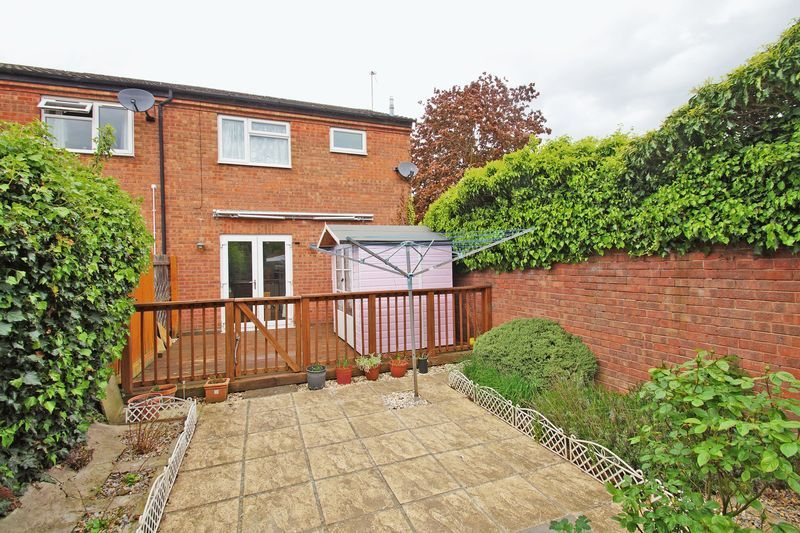 2 bed house for sale in Vallet Avenue 10