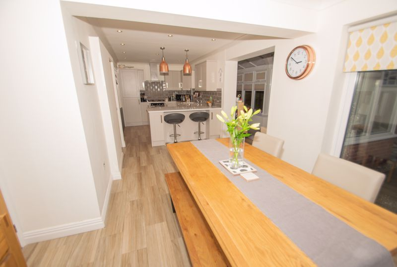 4 bed house for sale in Findon Close 16