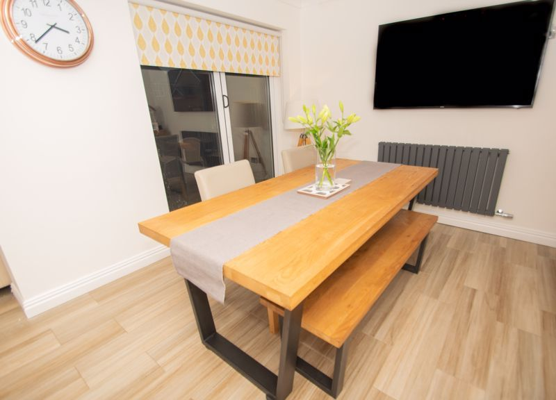 4 bed house for sale in Findon Close 19