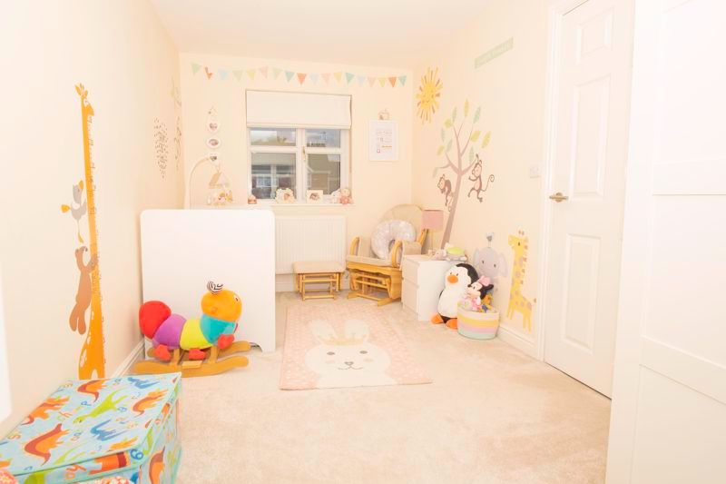 4 bed house for sale in Findon Close 10