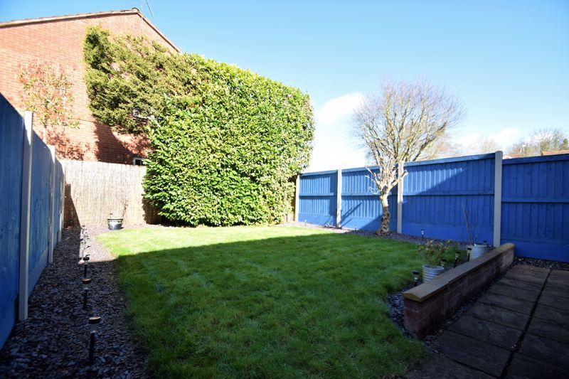 3 bed house for sale in Abbotswood Close  - Property Image 12