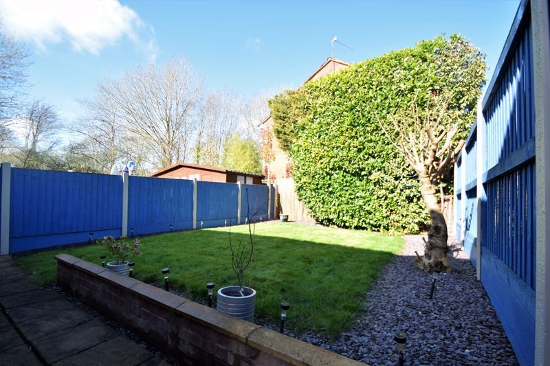 3 bed house for sale in Abbotswood Close 13