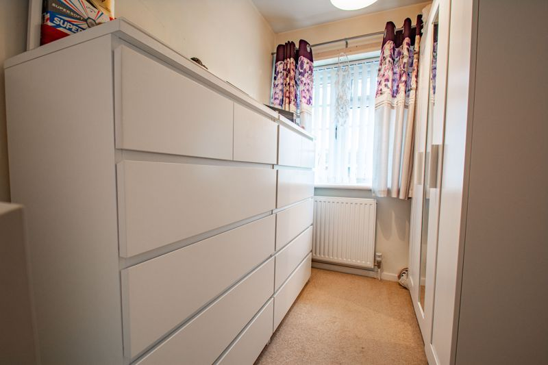 3 bed house for sale in Berkeley Close 11