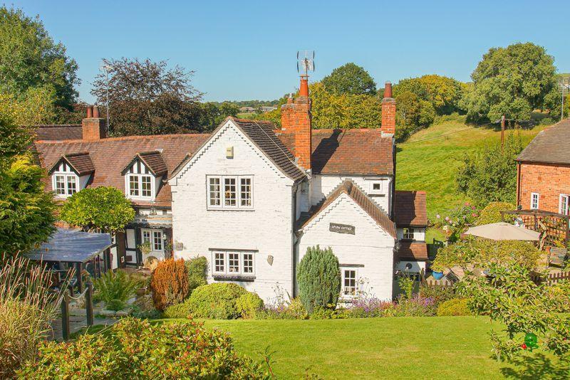 3 bed cottage for sale in Holt Hill  - Property Image 1