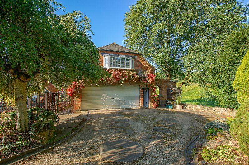 3 bed cottage for sale in Holt Hill 13