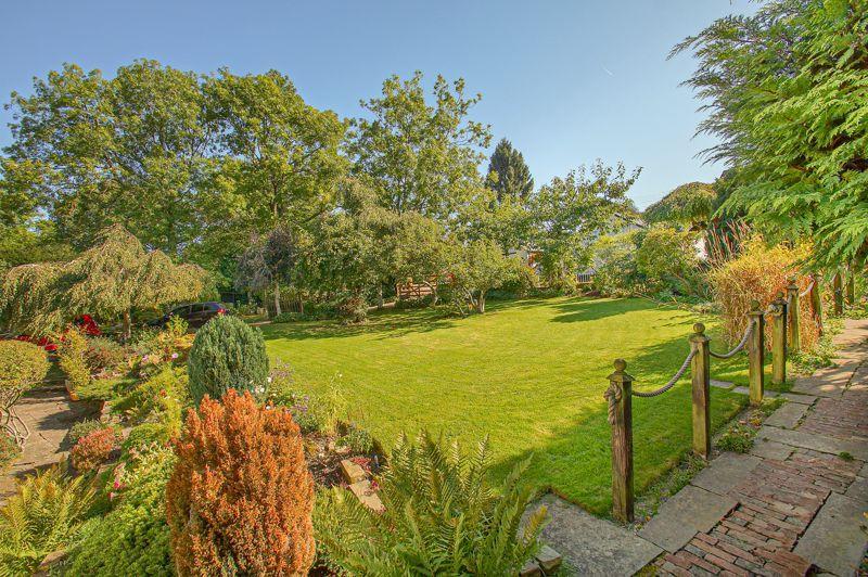 3 bed cottage for sale in Holt Hill  - Property Image 14