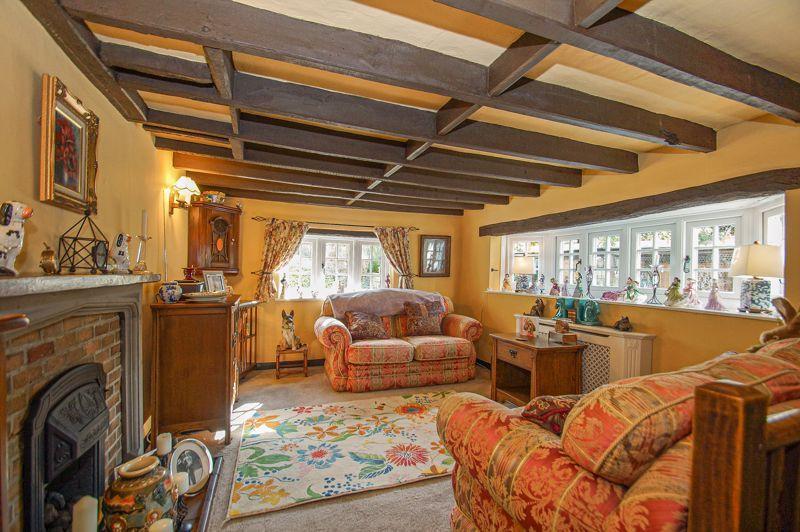 3 bed cottage for sale in Holt Hill  - Property Image 3