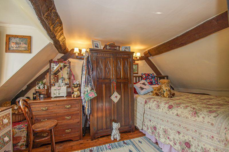 3 bed cottage for sale in Holt Hill  - Property Image 9