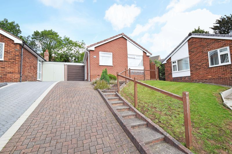 2 bed bungalow for sale in St. Peters Close - Property Image 1