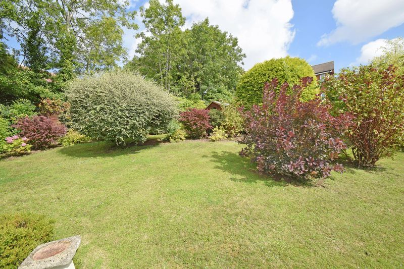 2 bed bungalow for sale in St. Peters Close  - Property Image 15