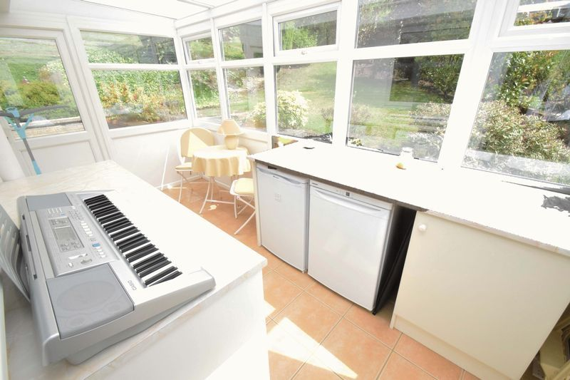2 bed bungalow for sale in St. Peters Close 10