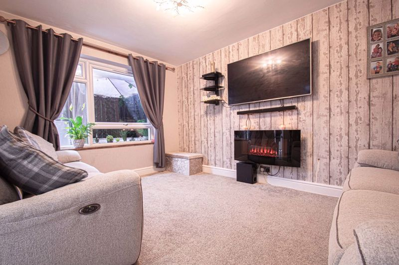2 bed house for sale in Felton Close 2