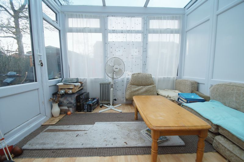 3 bed house for sale in Exhall Close 5
