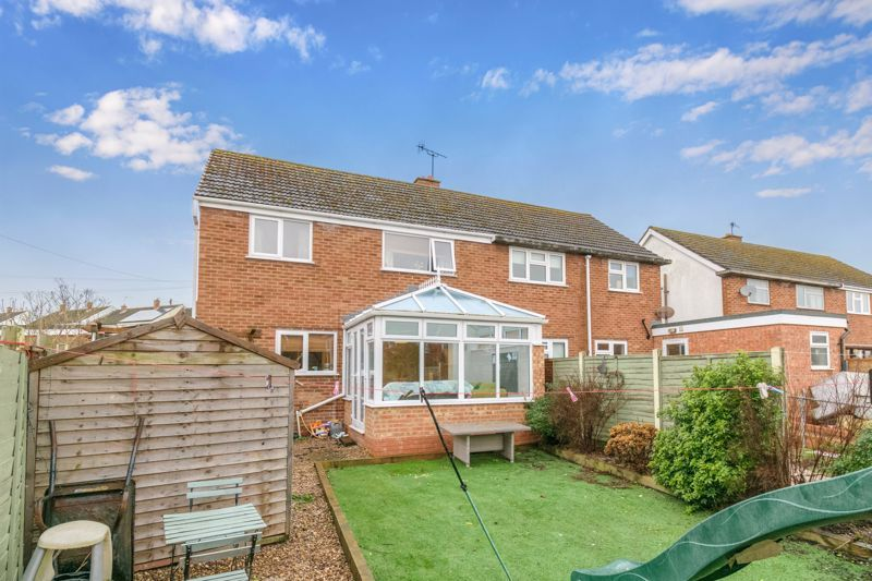 3 bed house for sale in Foxwalks Avenue 12