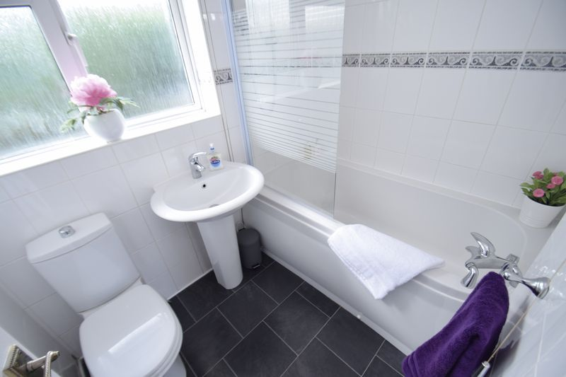 3 bed house for sale in Wendron Close 17