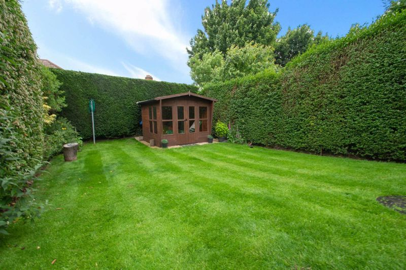 3 bed house for sale in Hill Top Road  - Property Image 12