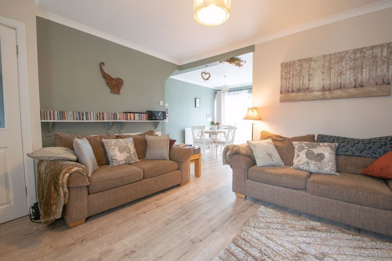 3 bed house for sale in Hill Top Road 4