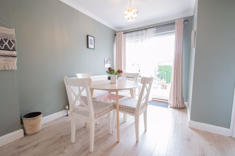 3 bed house for sale in Hill Top Road 5