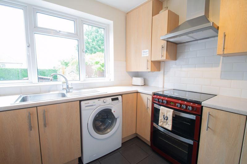 3 bed house for sale in Hill Top Road 6