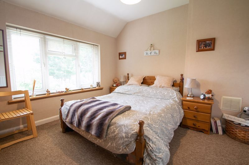 3 bed house for sale in Hill Top Road 8