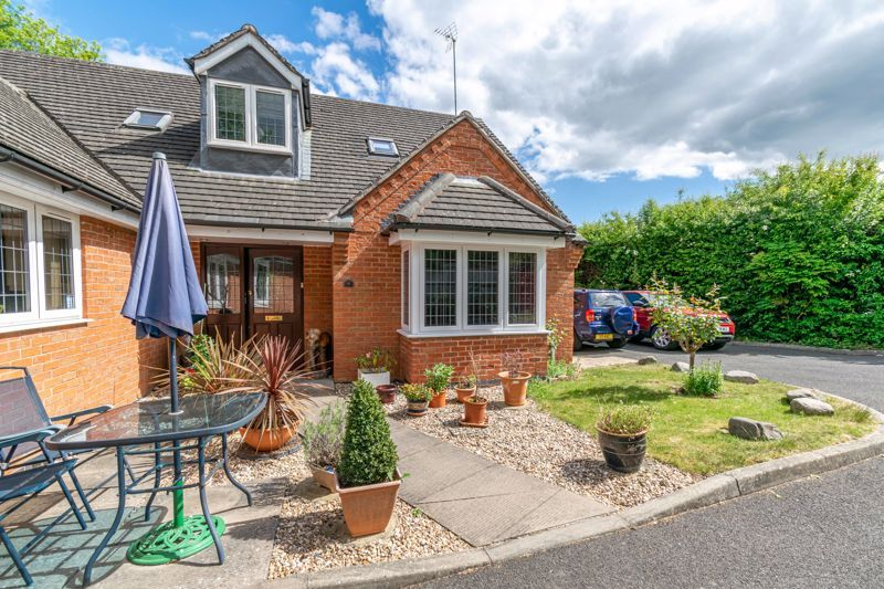 5 bed bungalow for sale in Morton Lane  - Property Image 15