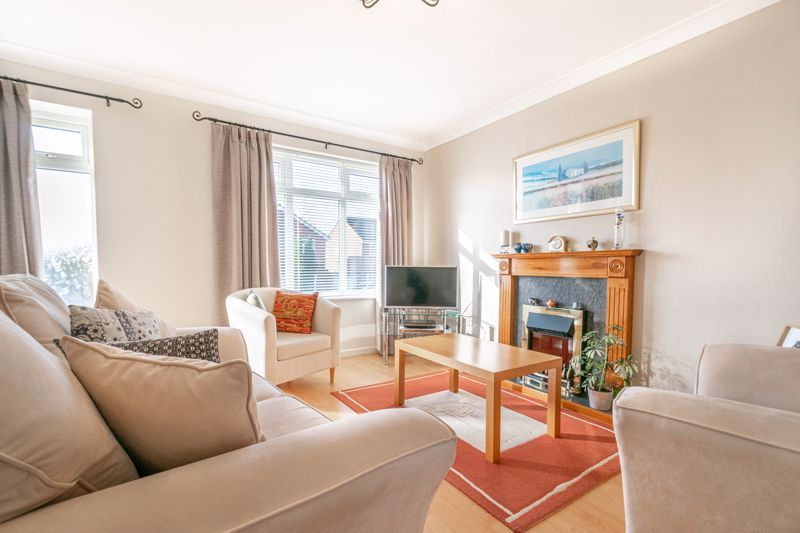 3 bed house for sale in Pebworth Close 2