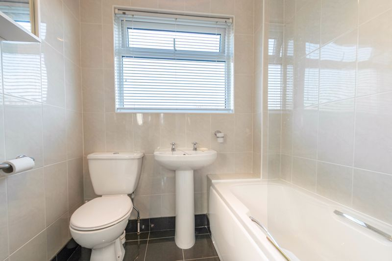 3 bed house for sale in Pebworth Close 11
