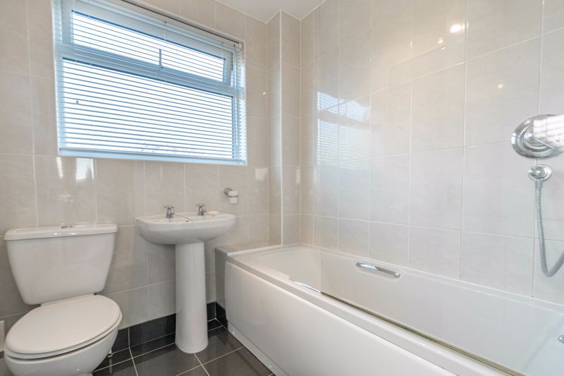 3 bed house for sale in Pebworth Close 12