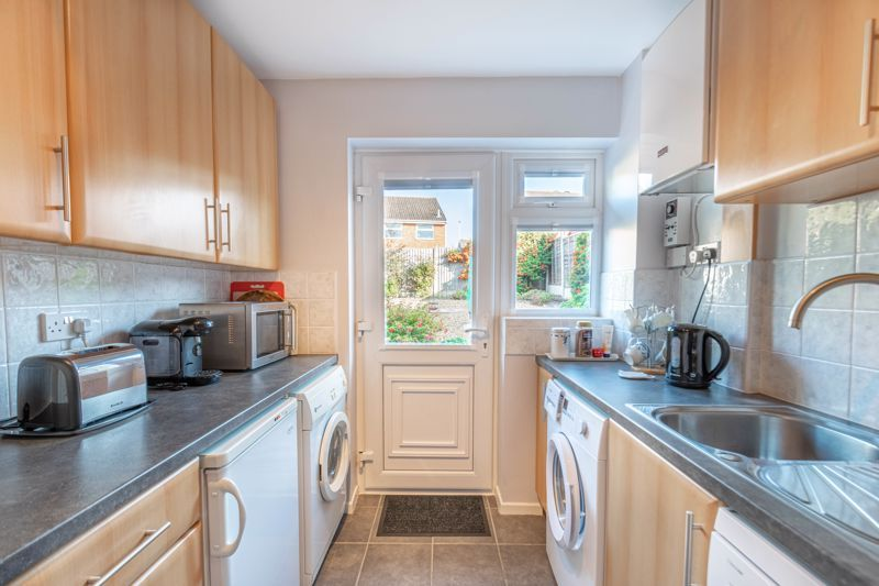 3 bed house for sale in Pebworth Close 4
