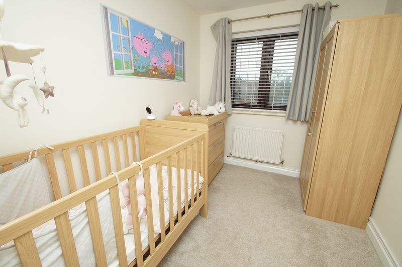 4 bed house for sale in Riverside Close  - Property Image 12