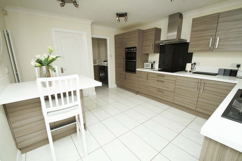 4 bed house for sale in Riverside Close 5