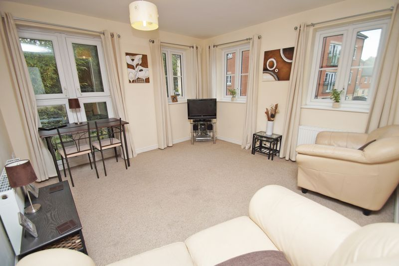 2 bed flat for sale in School Drive 2
