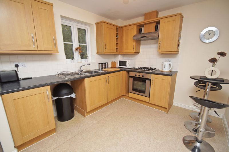 2 bed flat for sale in School Drive 4