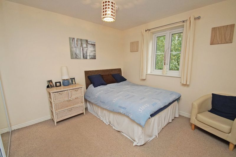 2 bed flat for sale in School Drive 6