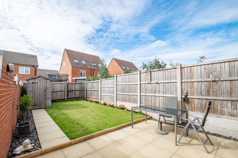 3 bed house for sale in Kemble Street 14
