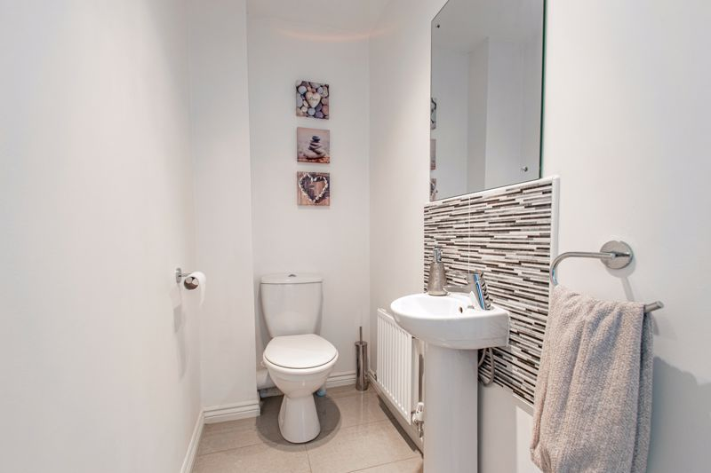 3 bed house for sale in Kemble Street 6