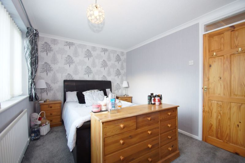 3 bed house for sale in Badger Close 11