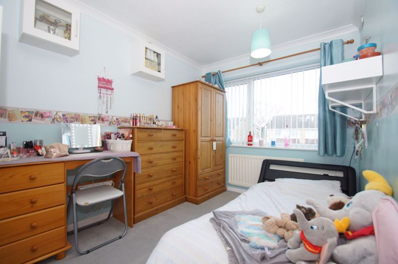 3 bed house for sale in Badger Close 14