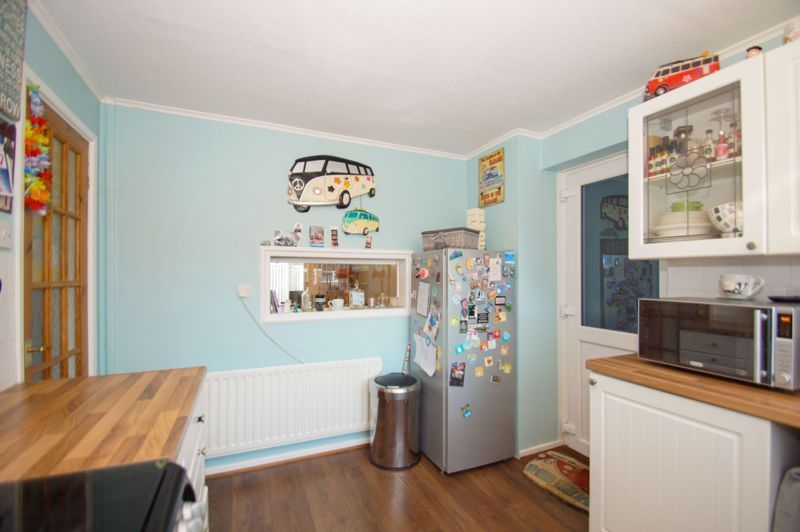 3 bed house for sale in Badger Close 3