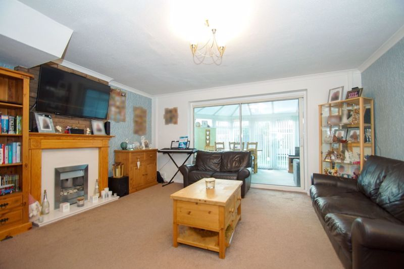 3 bed house for sale in Badger Close 5