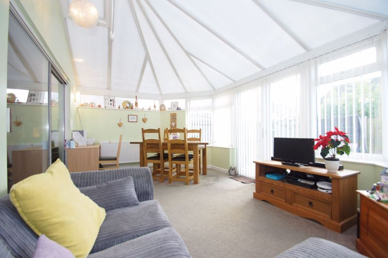3 bed house for sale in Badger Close 7