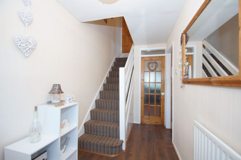 3 bed house for sale in Badger Close 10