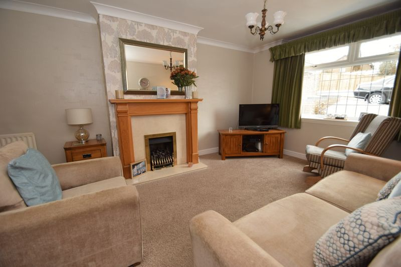 3 bed house for sale in Maypole Drive 4