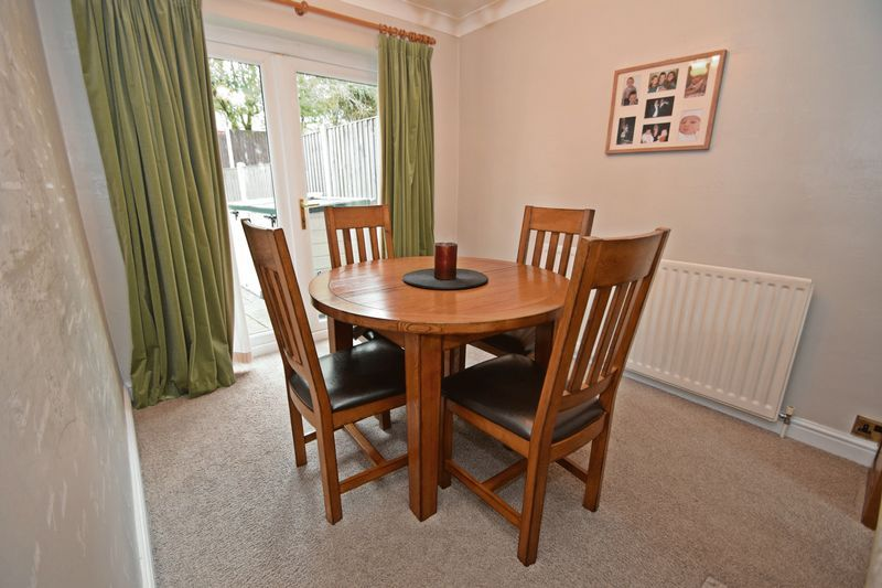 3 bed house for sale in Maypole Drive 6