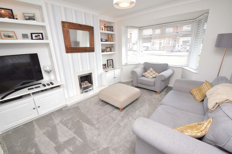 3 bed house for sale in Green Slade Crescent 2