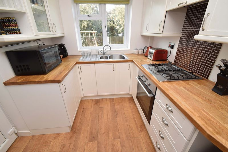 3 bed house for sale in Green Slade Crescent 4
