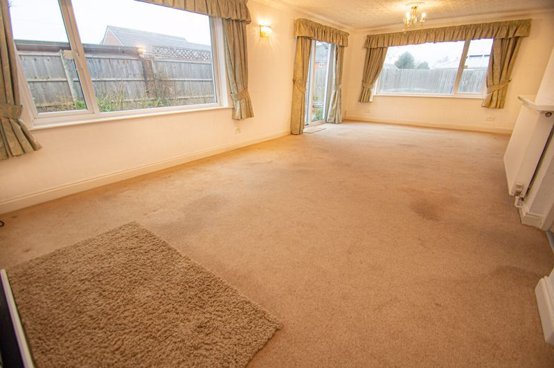 2 bed bungalow for sale in Worcester Road 2